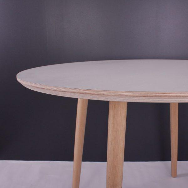 Karlstad-spisebord---detalje
